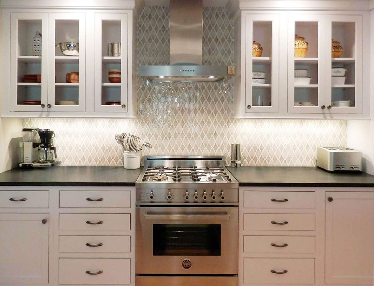 Arabesque Backsplash Decor