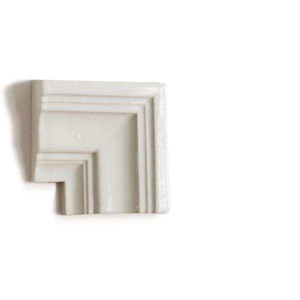 Ecstasy-3-4-view-corner-molding